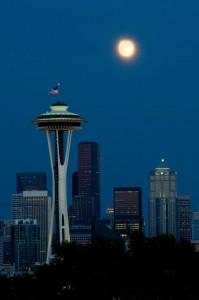 Kerry Park full moon shot - Seattle